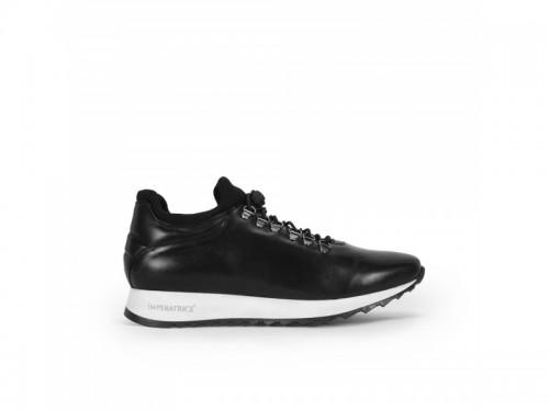 Sneakers in vera pelle crust con lacci elastici nero