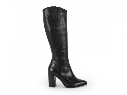 Stivali a punta in vera pelle burnish con tacco rivestito nero