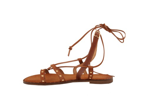 Sandali alla schiava in pelle di vitello con borchie
