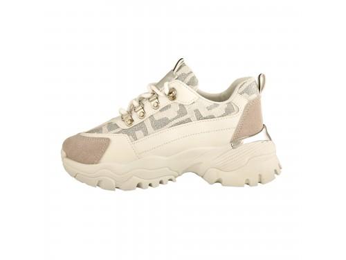 Sneakers stringate con suola carrarmato