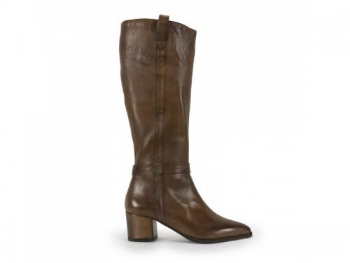 Stivali a punta in vera pelle burnish con tacco rivestito cuoio